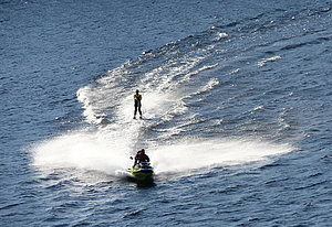 Water skiing in Kirkenes